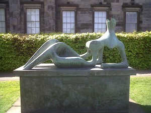 Henry Moore outside Scottish National Gallery